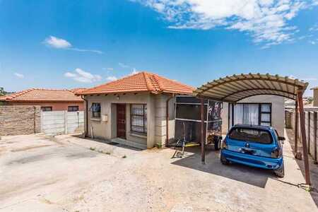 Investment Property in Cosmo City!